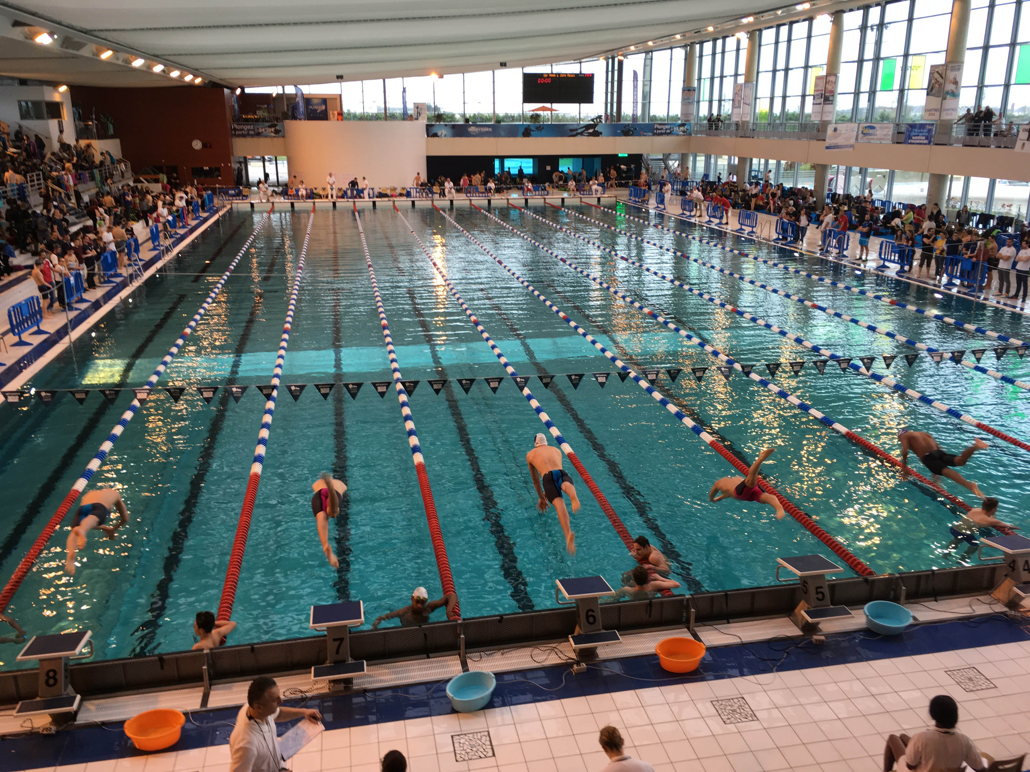 Meetings nationaux de massy et de chartres cao natation for Piscine massy coubertin